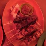 シンガポールスタイル・コピティアム - サテーミックス 鶏と羊?
