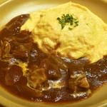 ジョンズ グリル - 料理写真:ビーフシチューの土鍋オムライス