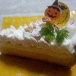 54995347 - クリームブリュレとかぼちゃのチーズタルト