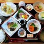 和食会席の店 紅葉 -