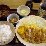 お食事処 じゅん - ポークピカタ定食 850円