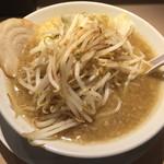 麺屋 三郎 - 三郎ラーメン 麺も野菜も普通盛りで 800円