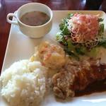 キッチン フタバ - お肉ランチプレート1100円、+50円でアイスコーヒー