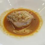 ビストロ ダイア - [ランチ]山口県萩産甘鯛の鱗焼き       甘海老と香味野菜のビスクソース