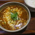 さくらチョップ - 完熟アボカドとこんがりチーズのスープカレー