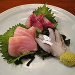 旬菜美酒 蛍 - 刺し盛り1200イサキキンメサヨリ