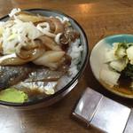 魚魚 - 刺身丼 小=250円