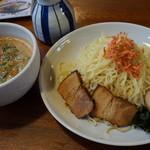 すずめのお宿 - 料理写真:海老味噌つけ麺