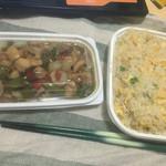 安暖亭 - テイクアウト 炒飯400円、鳥と野菜とオイスターソース炒め400円