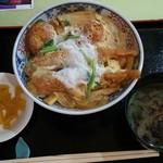 レストラン 函岳 - 海老と帆立の卵とじ丼(950円)