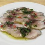 falo - 〆鯖のハーブ・オイル、ピンクペッパーを散らして2