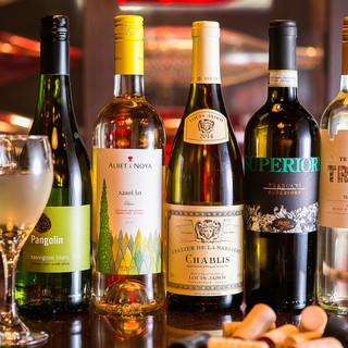 情熱屋は世界各国のワインをストックしております!!