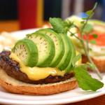 ホームワークス - アボガドバーガー R size チェダーチーズトッピング