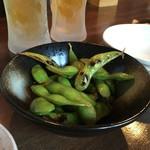 創作居酒屋 樹 - つきだしの焼いた枝豆