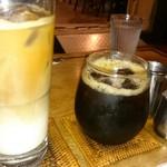 55033740 - アイスカフェオレ(480円)とアイスコーヒー(400円)