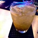 バー ブリーズ - キウイのノンアルコールカクテル ¥700 (オリジナル)