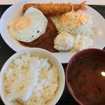 勝家 - 料理写真:ハンバーグとエビフライ。980円(3と9の日は半額)
