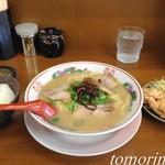 来満 - Bランチ(ラーメン+ご飯+から揚げ)