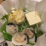 55039874 - 鍋物は湯葉豆腐、湯葉焼売に蛤ちゃんです(^^)