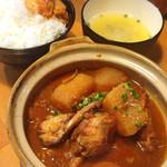 スタミナ鉄板焼肉 博多鉄壱 - タットリタン(鶏肉の甘辛煮)780円 ランチは味噌汁とご飯付き、ご飯は大盛まで無料。