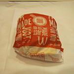 55041139 - 「必勝バーガー/チキン&トマト」です。