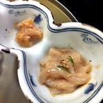 割烹旅館 湯の花荘 - 夕食(湯の花特製塩辛 & 鮫軟骨梅肉和え)(2016年8月)