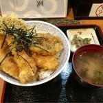 55049303 - 本日のサービス丼〜(^o、^)ハモとエビの天丼¥980円