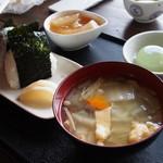 太田茶店 - おむすびランチBセット \540-