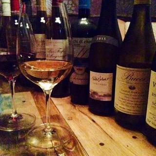 お料理に合わせた豊富なワイン