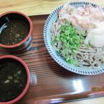 大黒食堂 - 料理写真:どんぶりいっぱいの太打ちそば