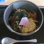 だるま山高原レストハウス - 鹿肉ビビンバ丼