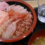 魚楽 - えび三昧4種盛り丼