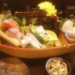 明石の魚処 さかづき - お造り5種(舟盛り♡)1280円