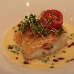 レストラン CAPTAIN - コースB魚料理・甘鯛マツカサ風ウロコ焼き