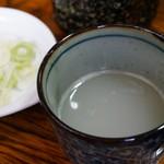 そば処鶴子 - 辛味大根の汁