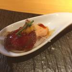 HARETOKE - お通しの馬肉カルパッチョ(タテガミ付き)