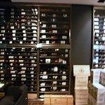 5507208 - これだけのワインセラーは、なかなかないかも…です