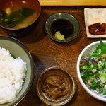魚玉 - イワシ刺定食(\800)