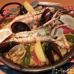 セロニカ - パエーリャ セロニカ風(2人前/3600円)も魚介の旨味が凝縮されててナカナカ☆彡