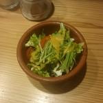 オステリア ウチェッロ - サラダ