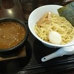 つけ麺 らいこう - 料理写真:かいこくカレーつけ麺 麺1.5倍 880円+ 味玉 100円