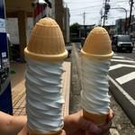 吉田食堂 - 巻き巻きソフトクリーム(2016.08現在)