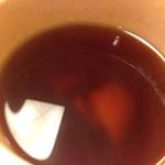 釜揚げうどん 一心 - 2016-08-22 11.38.26 食す       生姜のかけらが写っています。