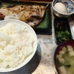 炉ばた焼き 酒肆 大関 - あこう鯛の粕漬け焼き900円