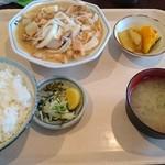 弁天 - 料理写真:もつ煮定食