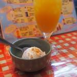 コ!ピーピー - ココナッツアイスにマンゴージュース
