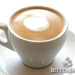 カフェ ビタースイート - カフェ・ラテ ¥463〔税込¥500〕: