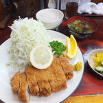 とんかつ赤城 - ロースかつ定食1,380円