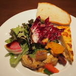 イルグラート - 前菜、フォカッチャ