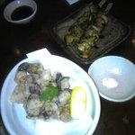 湘南ゆるり。 - タコの唐揚とサザエの串焼き